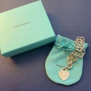 Tiffany clasp bracelet